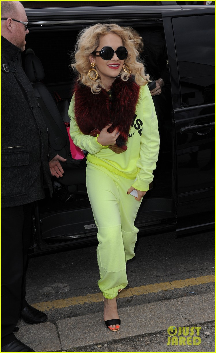 rita ora vote for the brit awards 01a