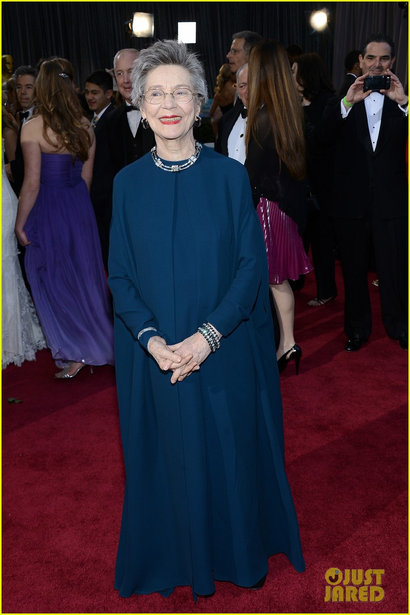 emmanuelle riva oscars 2013 red carpet 05