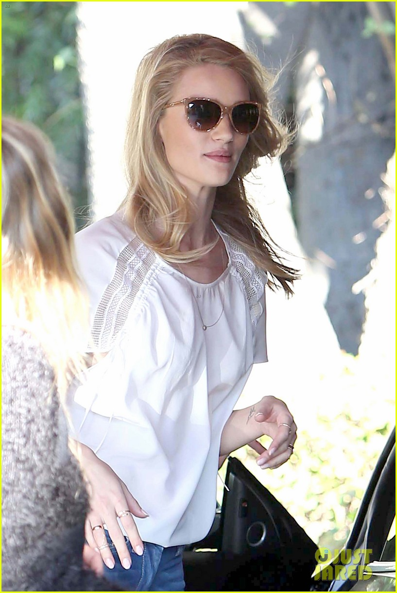 rosie huntington whiteley topless in cher coulter jeans 04