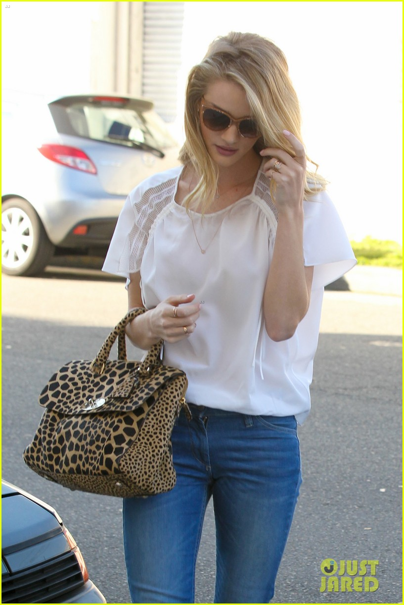 rosie huntington whiteley topless in cher coulter jeans 07