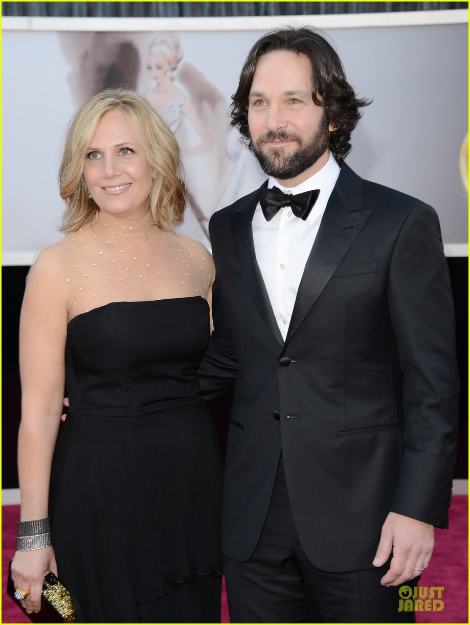 paul rudd oscars 2013 red carpet 05