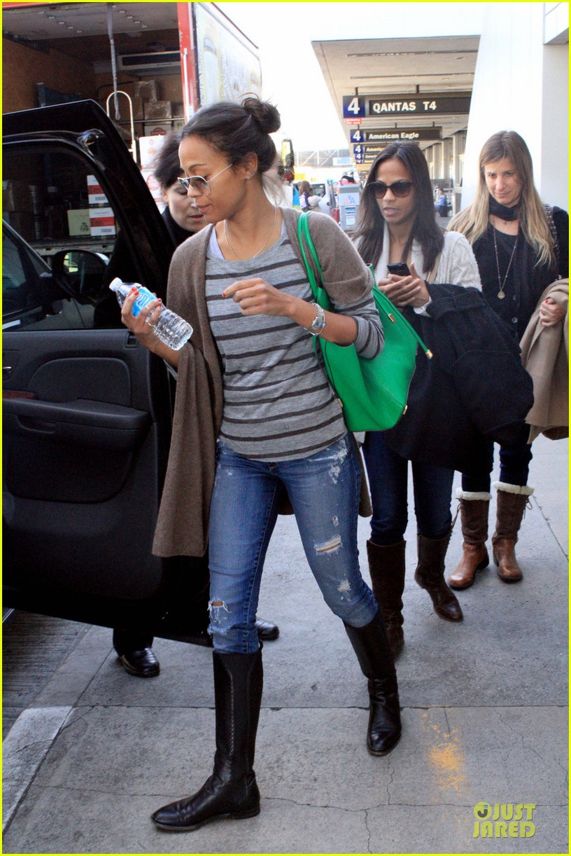 zoe saldana film independent spirit awards presenter 052813461