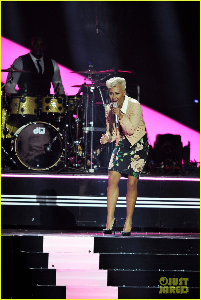 emeli sande brit awards 2013 performance red carpet 152815949