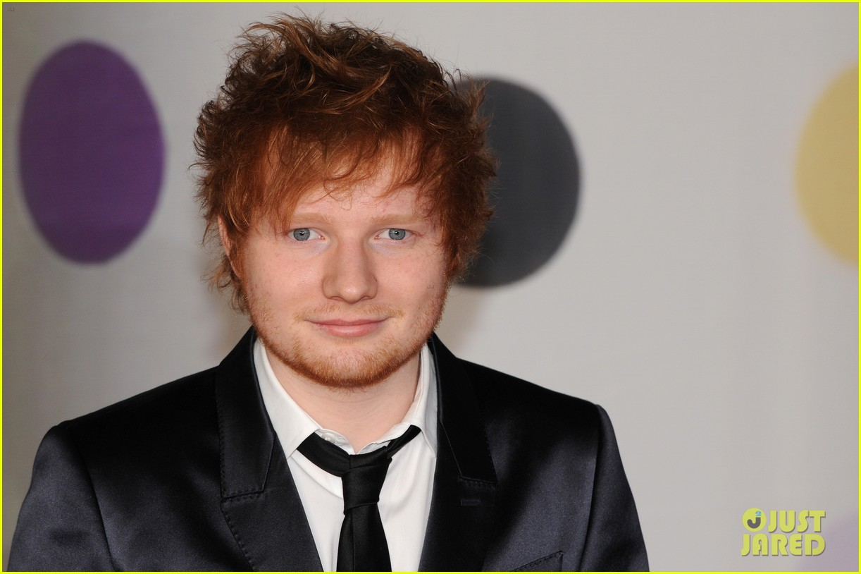ed sheeran conor maynard brit awards 2013 red carpet 07