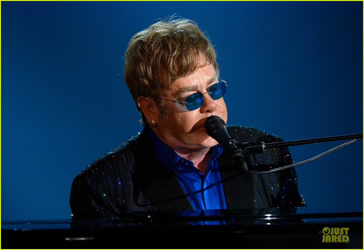 ed sheeran elton john grammys 2013 performance watch now 02