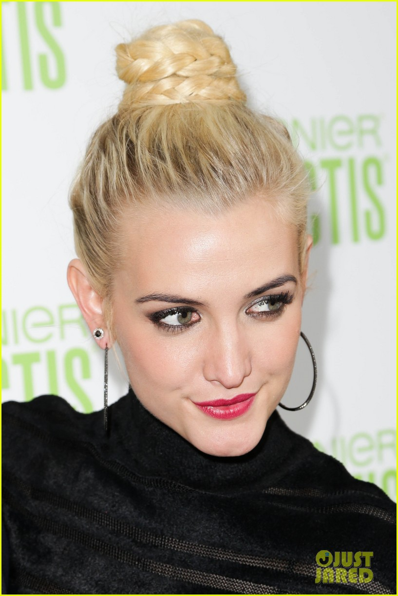 ashlee simpson garnier fructis fashion week celebration 23