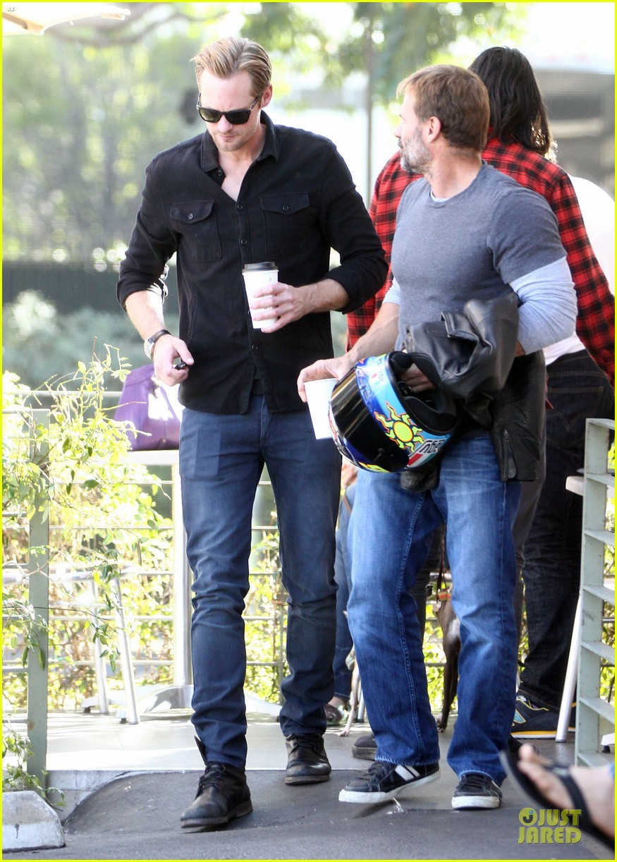 alexander skarsgard post super bowl lunch in los feliz 032804853
