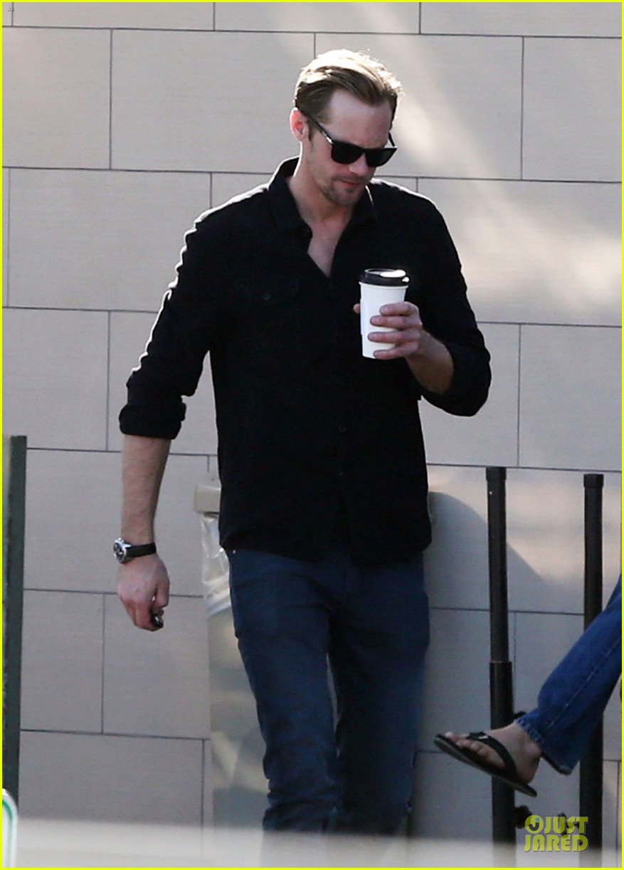 alexander skarsgard post super bowl lunch in los feliz 10