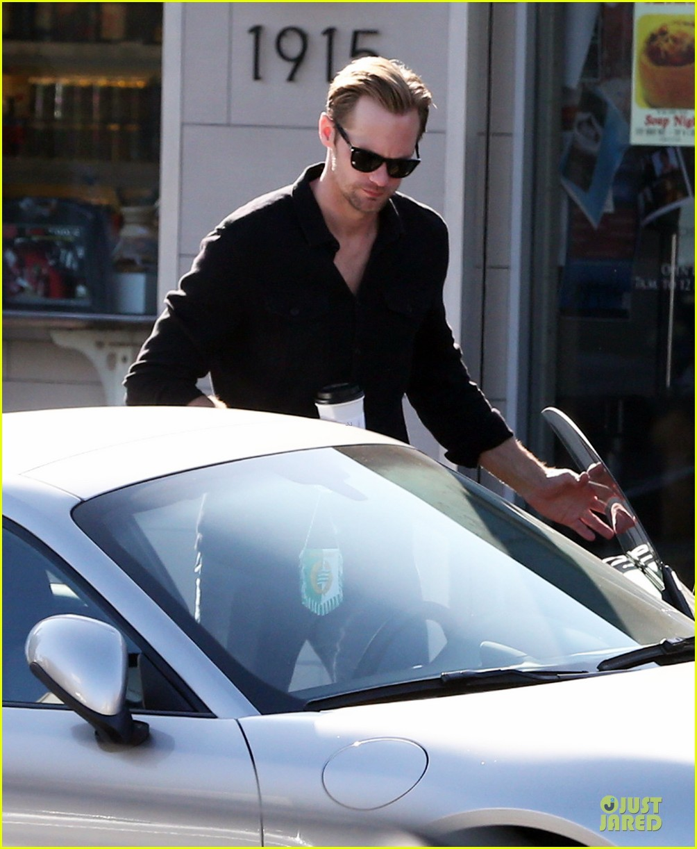 alexander skarsgard post super bowl lunch in los feliz 13