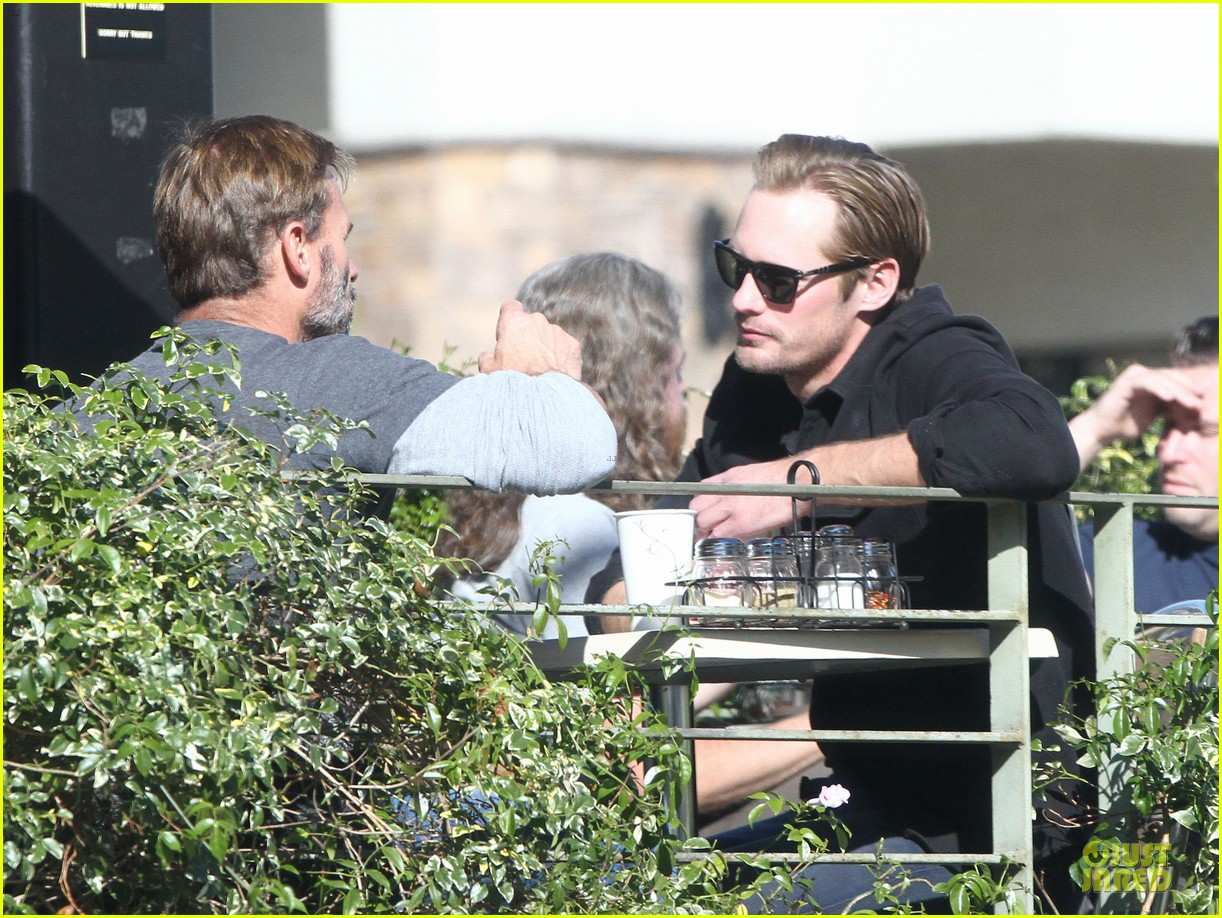 alexander skarsgard post super bowl lunch in los feliz 15