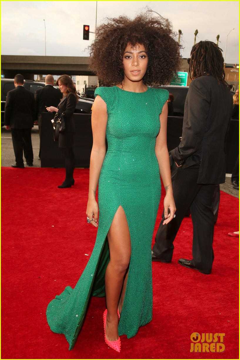 solange knowles grammys 2013 red carpet 01