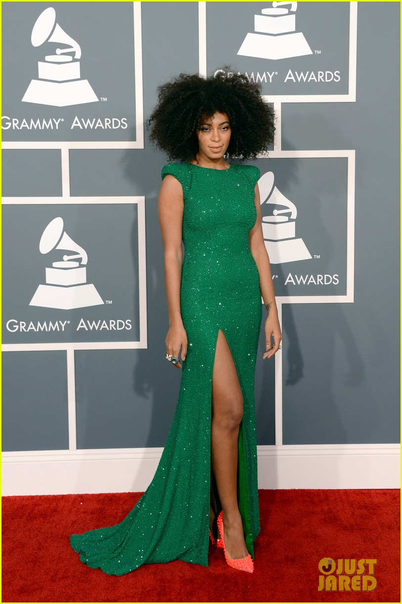 solange knowles grammys 2013 red carpet 05
