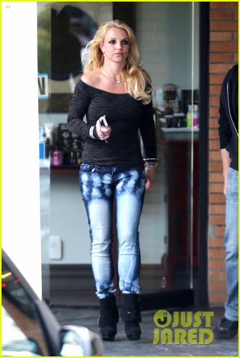 britney spears solo spa day 182809137
