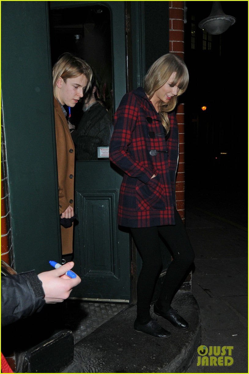 taylor swift london night out with tom odell 03