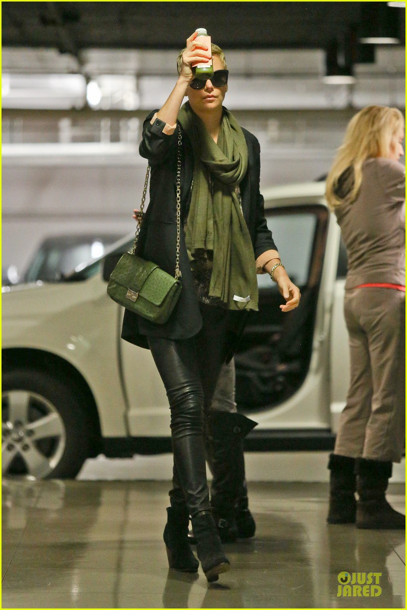 charlize theron juice arrival at equinox gym 032815254
