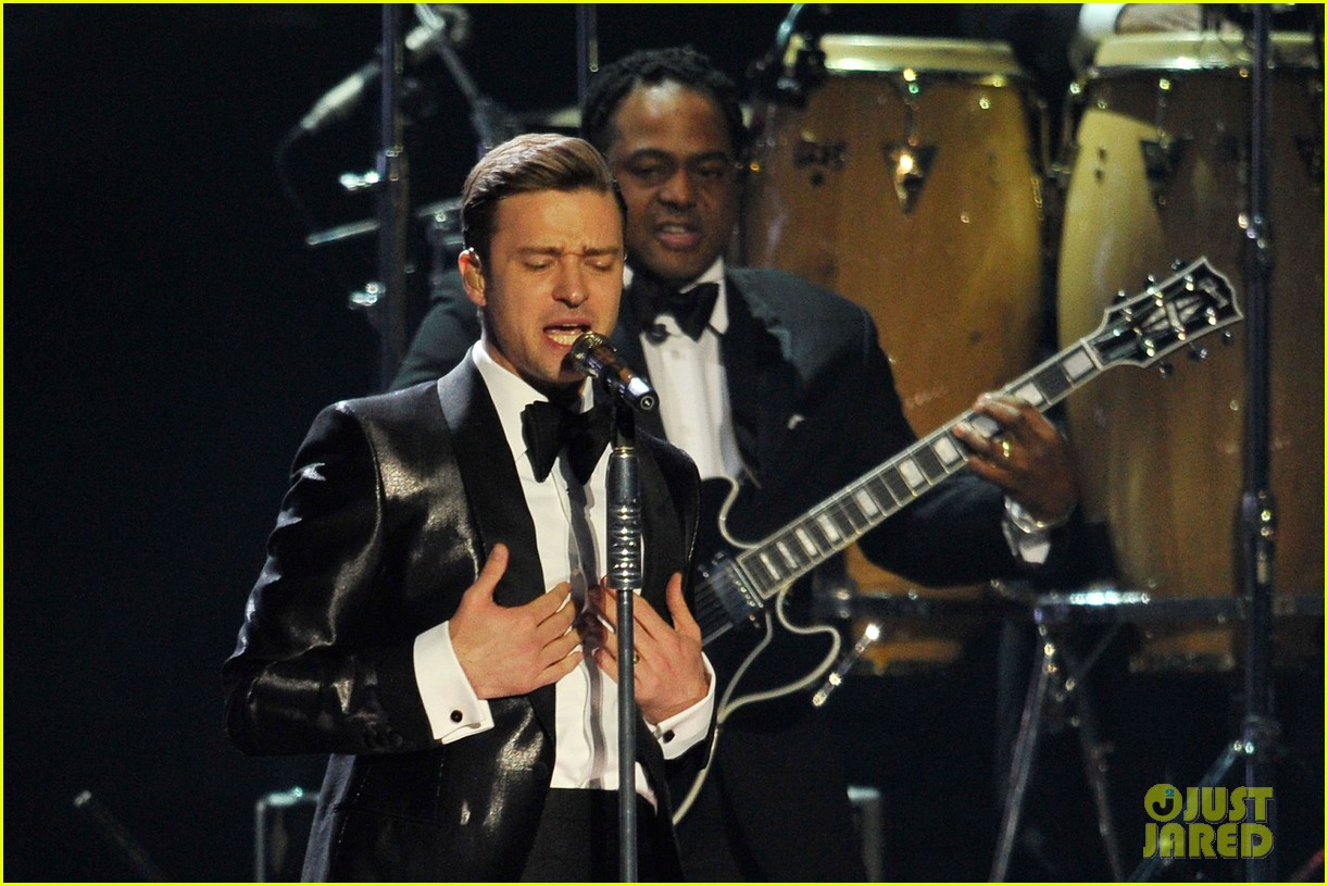 justin timberlake brit awards mirrors performance video 082815897