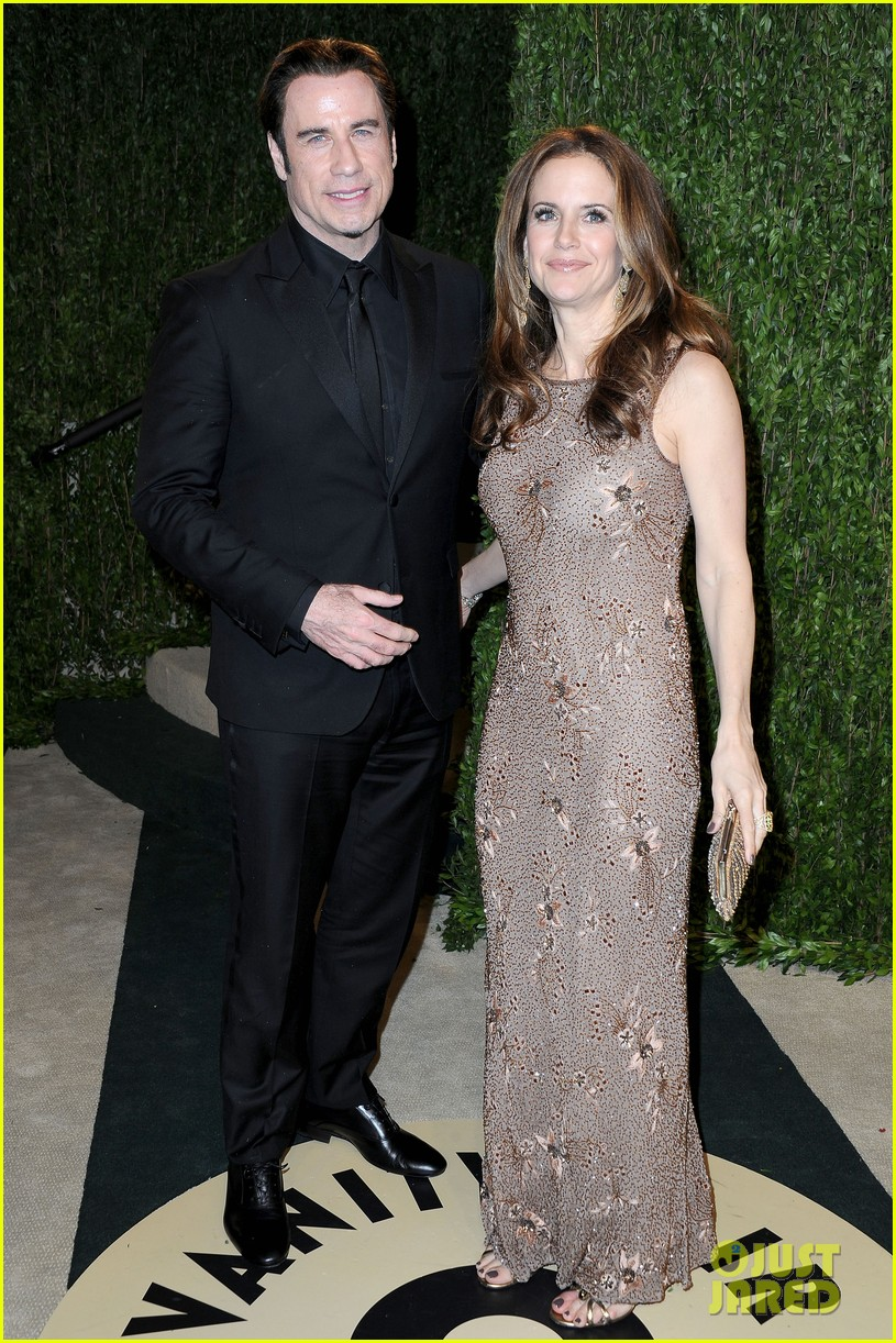 john travolta kelly preston vanity fair oscars party 2013 03