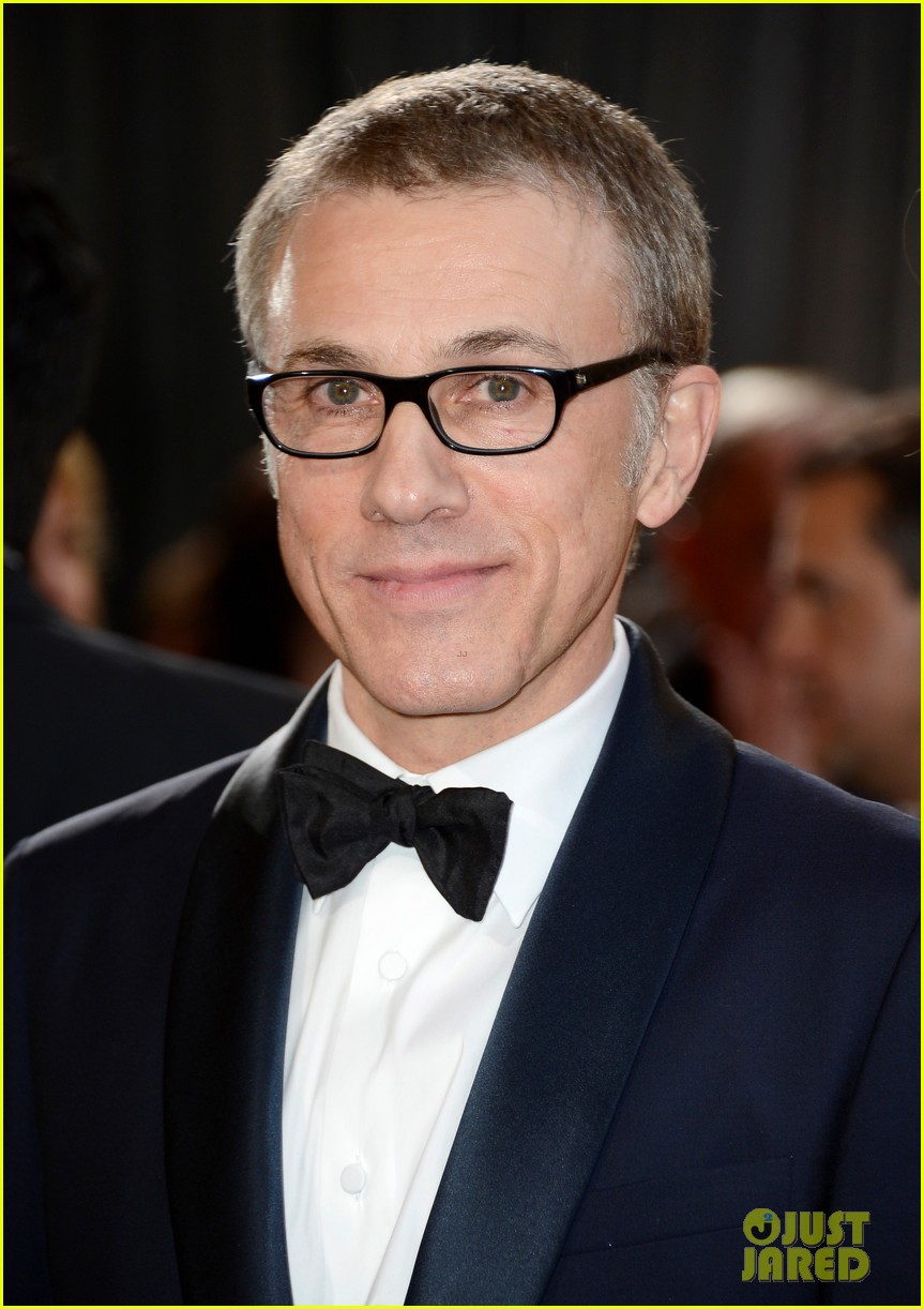 christoph waltz wins best supporting actor oscar 2013 012819280
