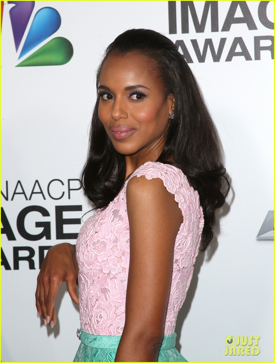 kerry washington naacp image awards 2013 red carpet 02
