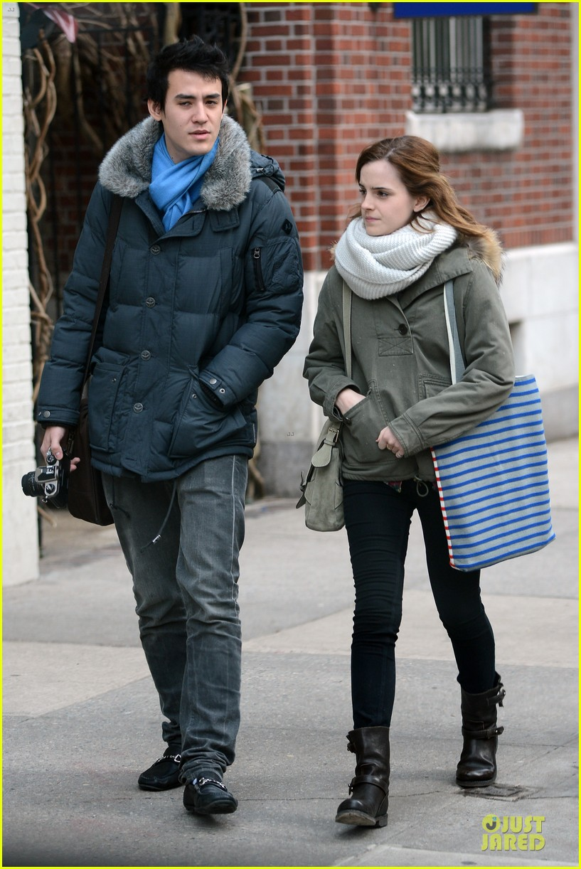 emma watson will adamowicz romantic stroll after valentines day 01