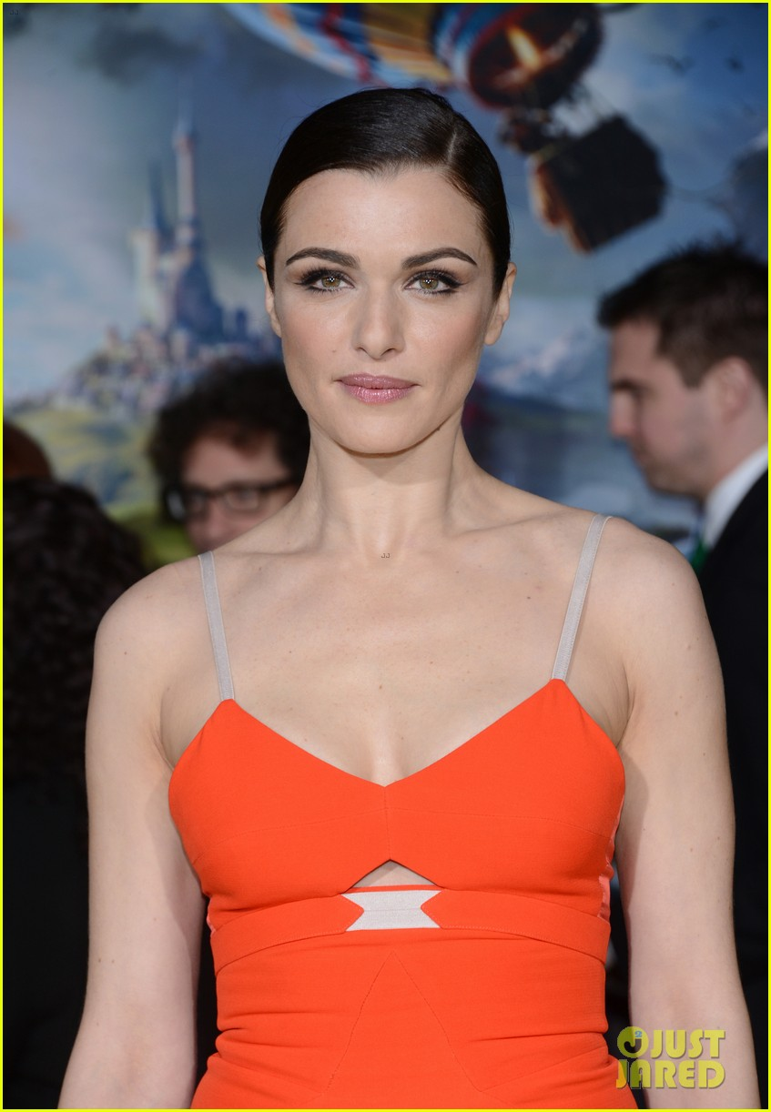 rachel weisz michelle williams oz the great powerful premiere 02