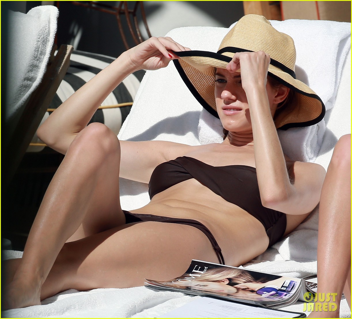 allison williams bikini babe in miami 09
