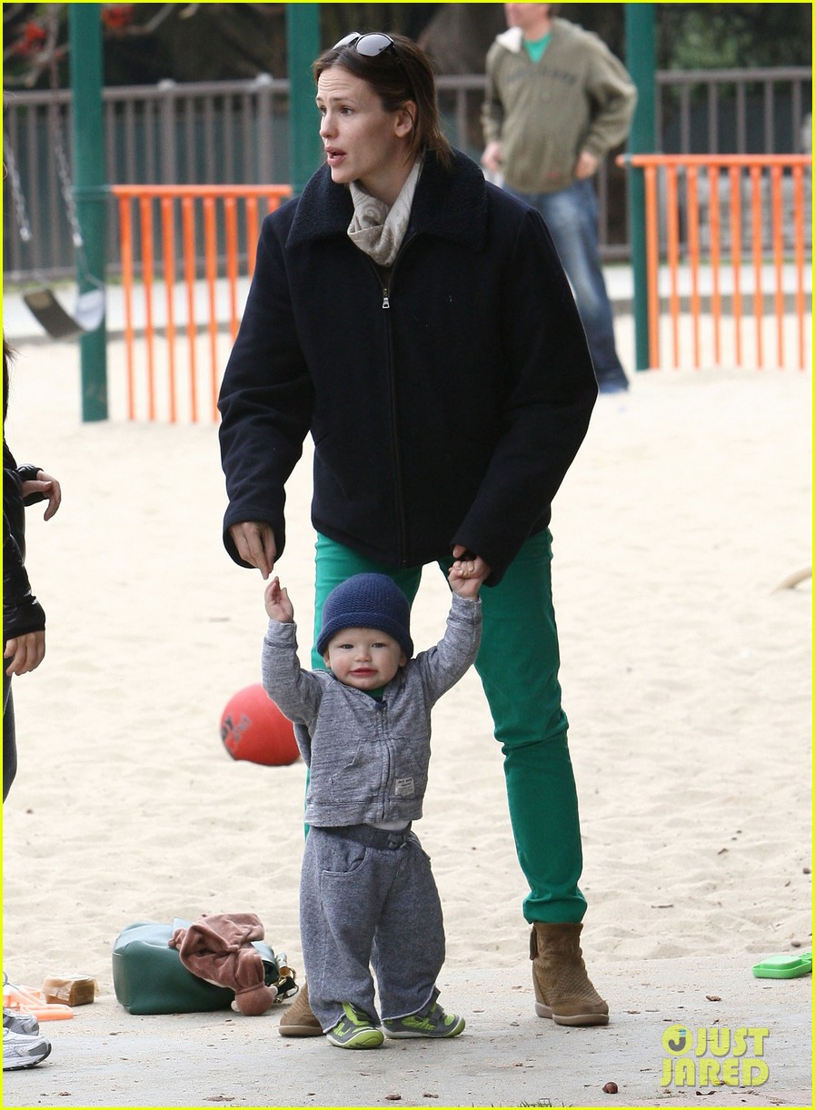 ben affleck jennifer garner family park day 18