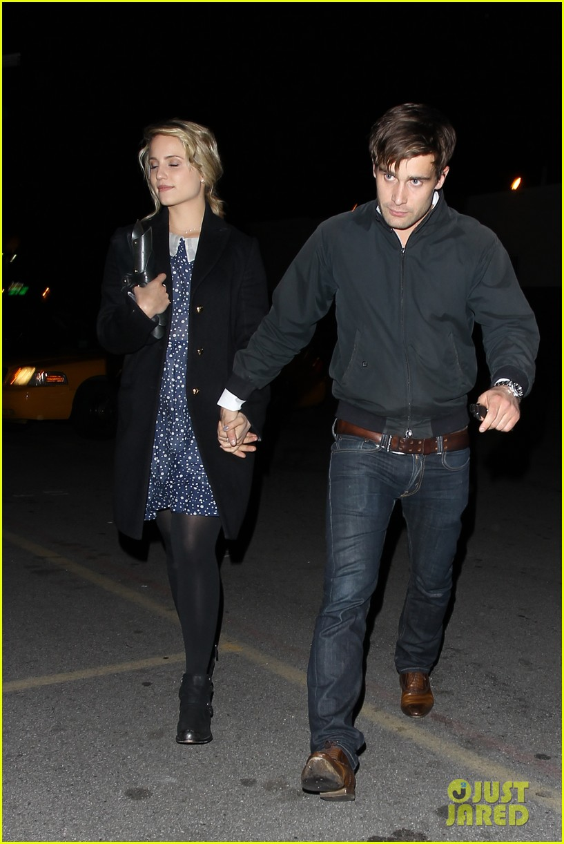 dianna agron christian cooke holding hands at sayers club 04