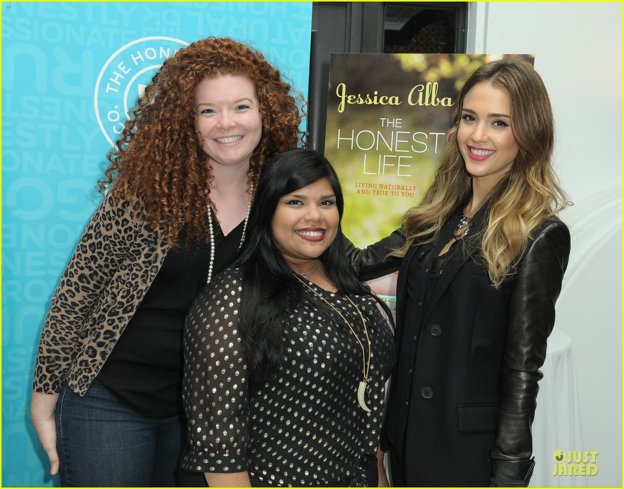 jessica alba the honest life book launch 17