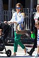 jessica alba le pain quotidien lunch with the kids 09