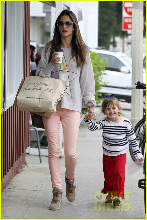alessandra ambrosio fred segal shopper 132833206