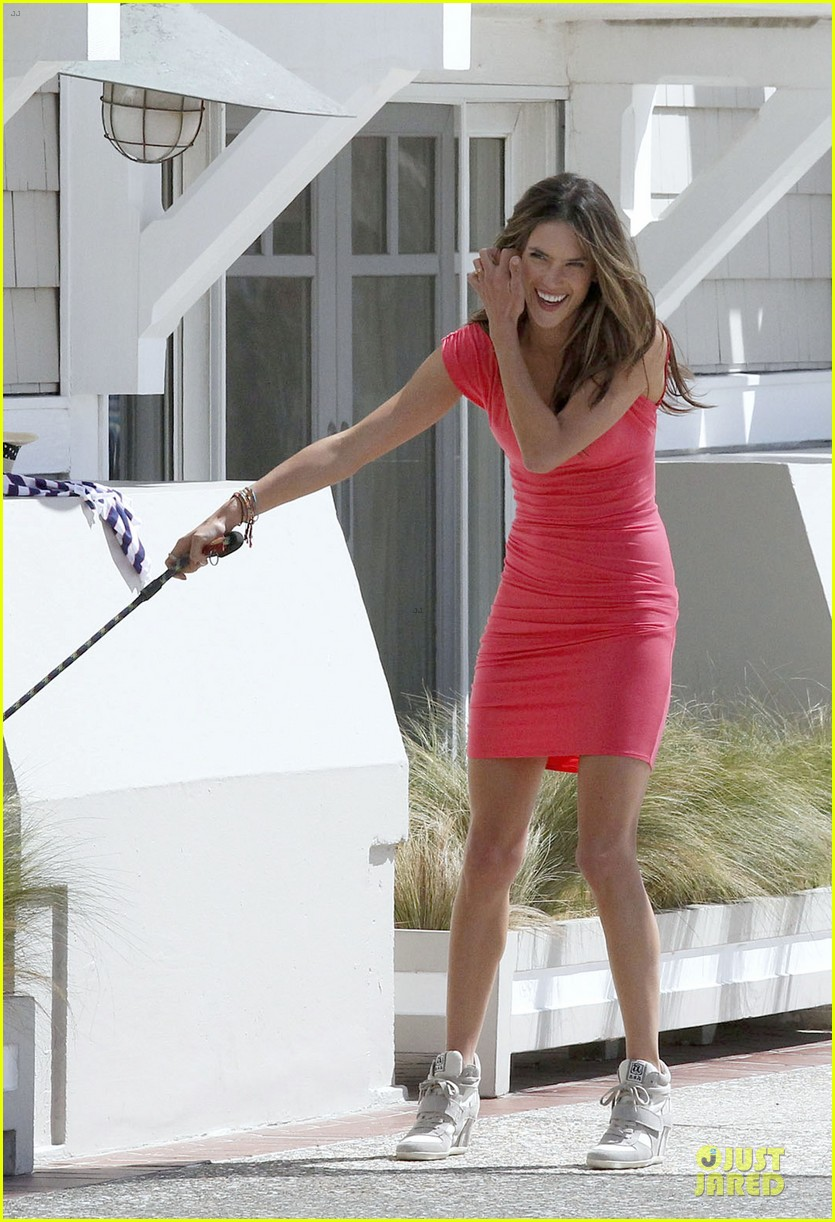 alessandra ambrosio adriana lima bright vs photo shoot 12