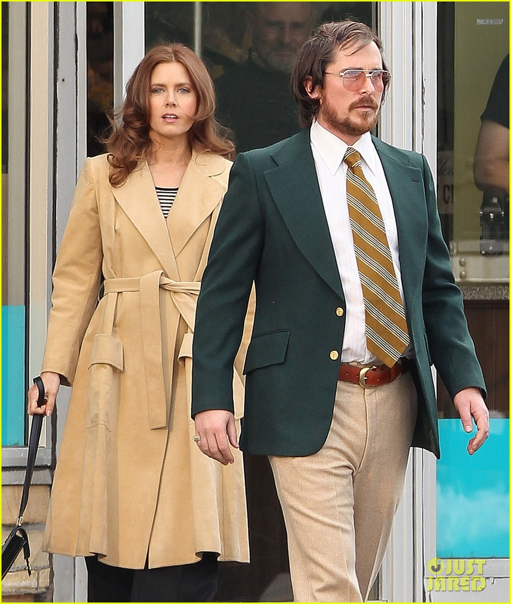 christian bale comb over cut for abscam with amy adams 062835313
