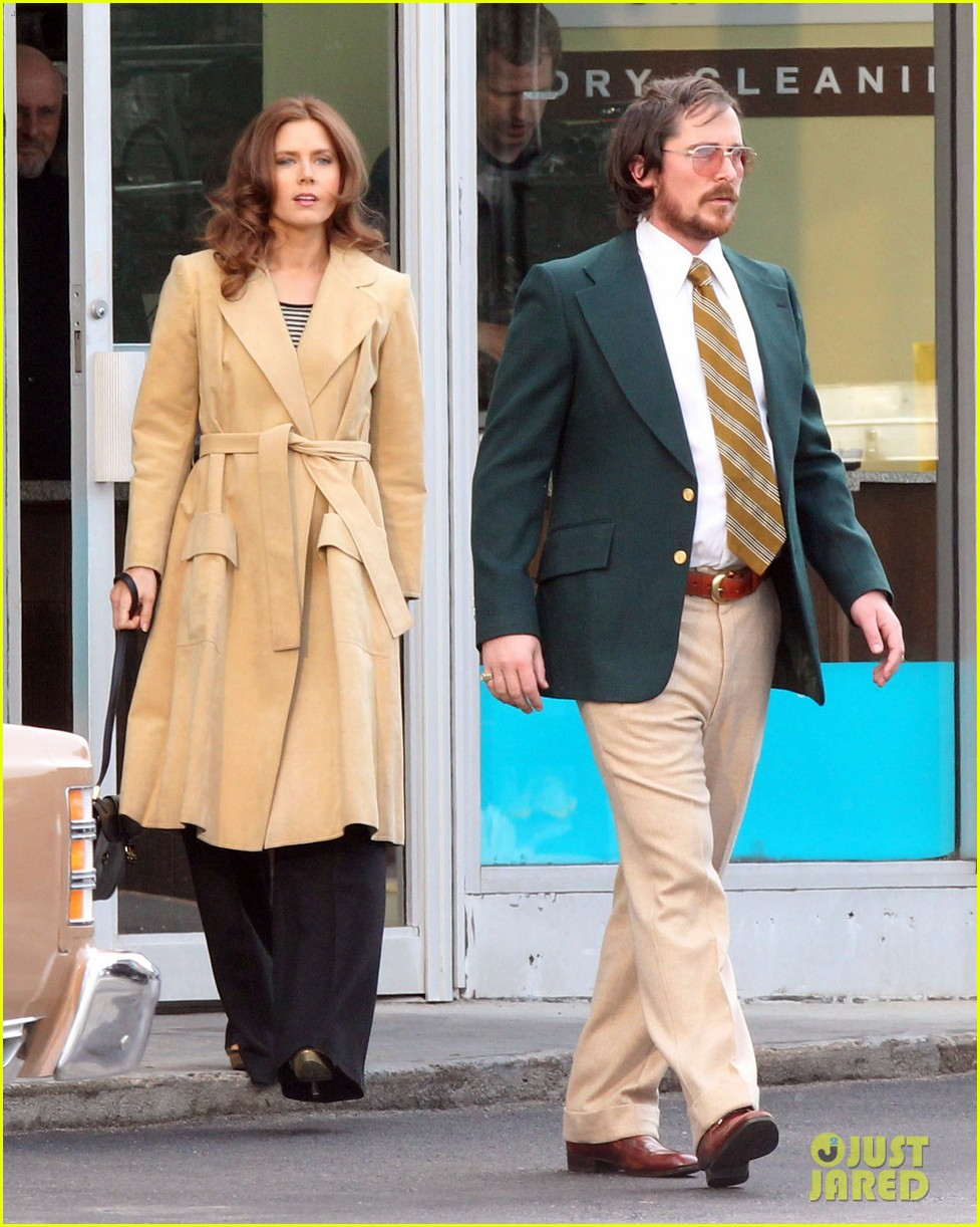 christian bale comb over cut for abscam with amy adams 14