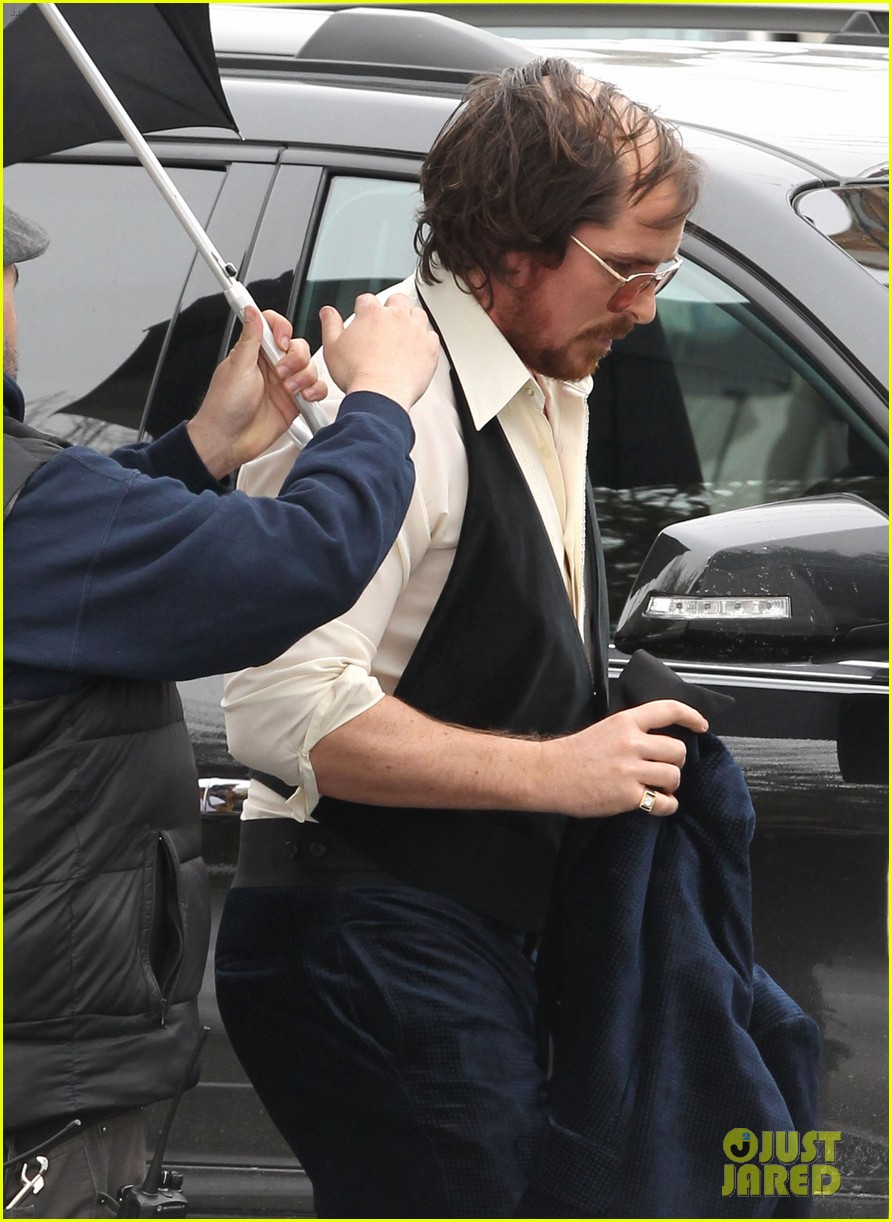 christian bale comb over cut for abscam with amy adams 242835331