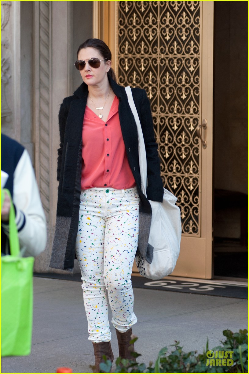drew barrymore will kopelman apartment exit with olive 04