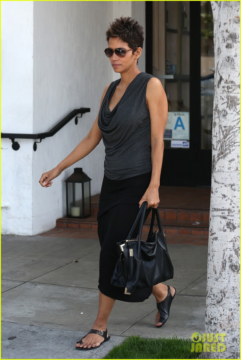 halle berry olivier martinez fig olive lunch 05