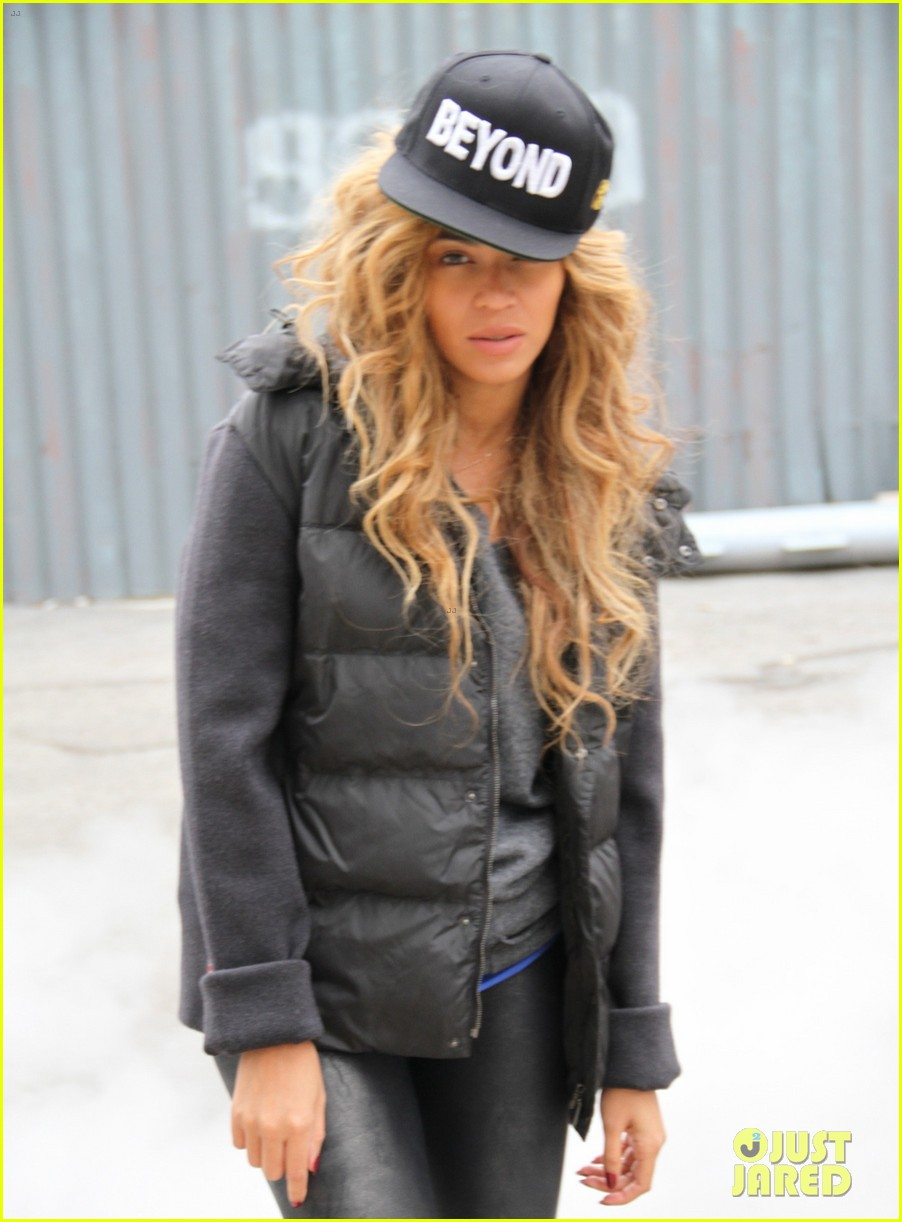 beyonce blue ivy brooklyn lunch pair 112837665
