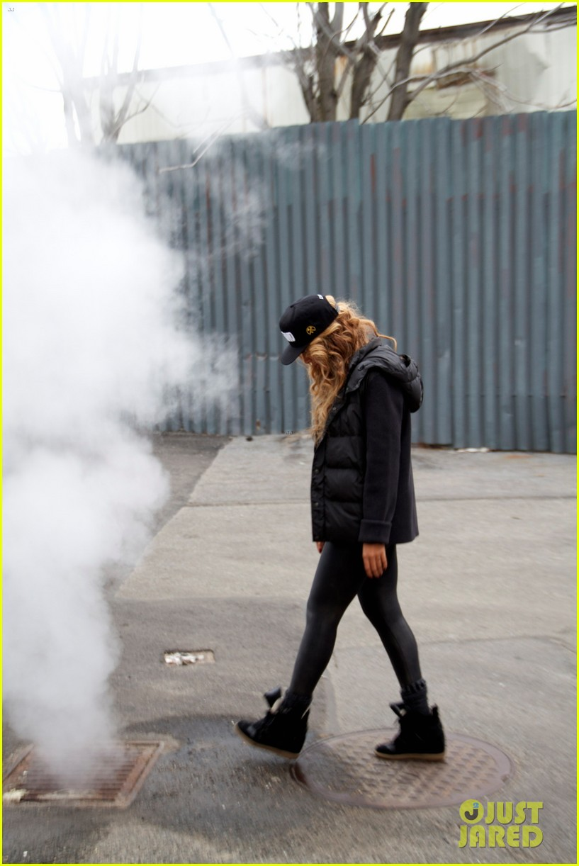 beyonce blue ivy brooklyn lunch pair 13