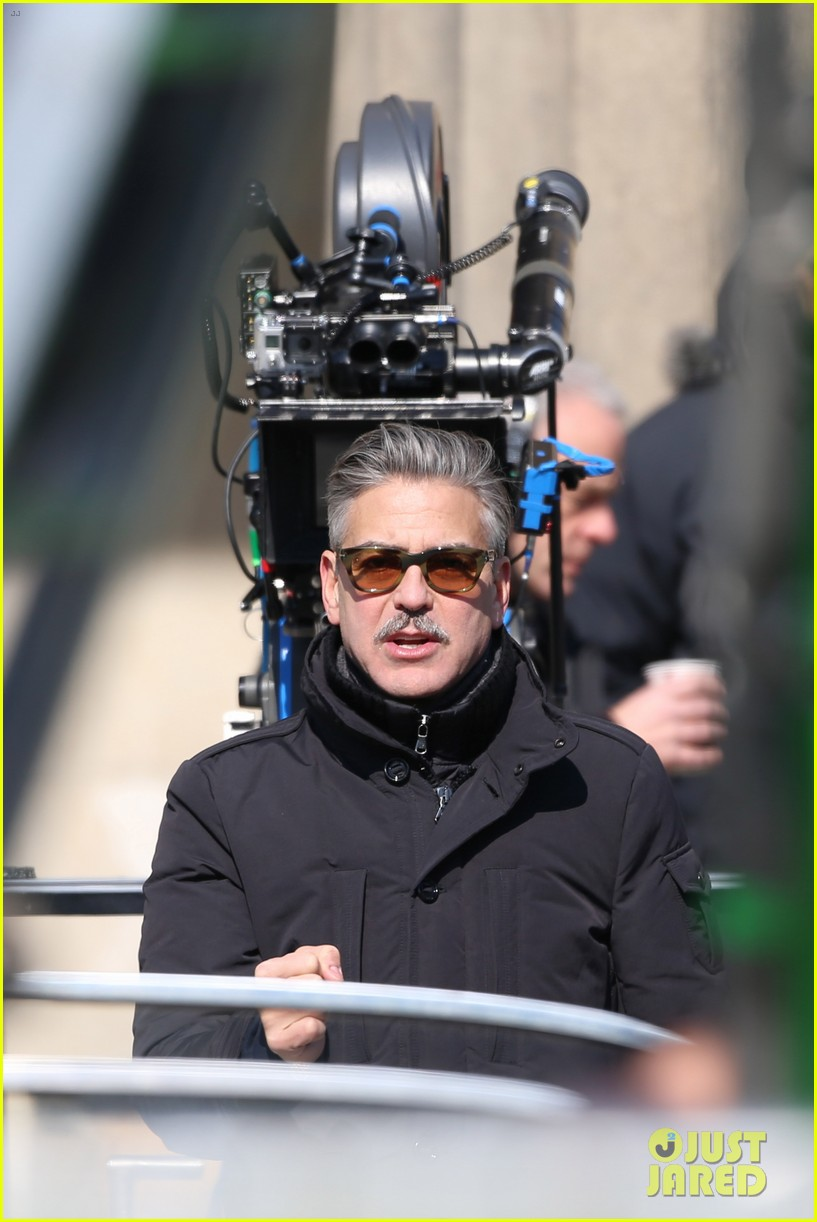 george clooney monuments men set with matt damon 02