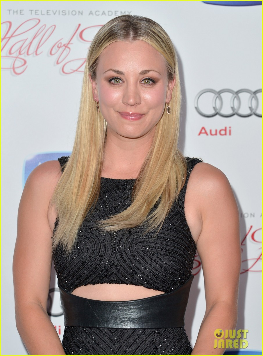 kaley cuoco will arnett academy hall of fame gala 10