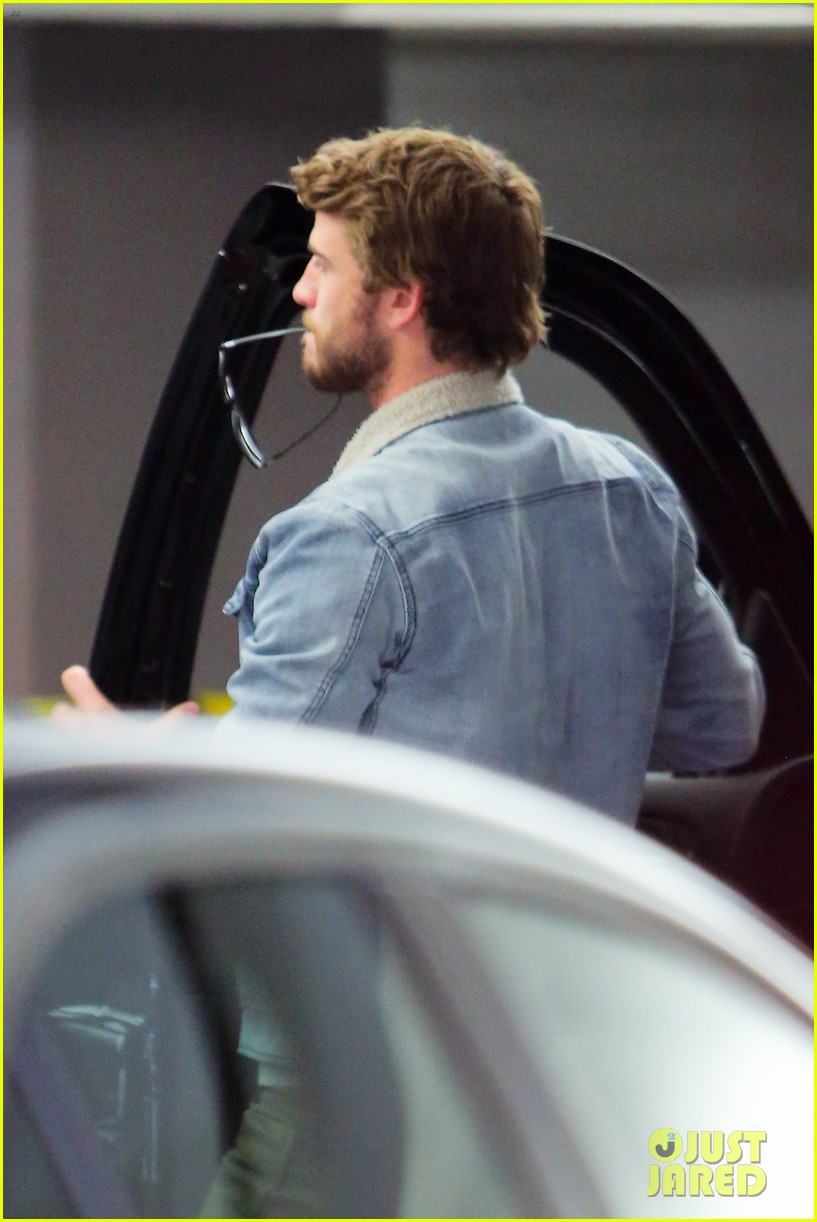miley cyrus liam hemsworth are totally together still 15