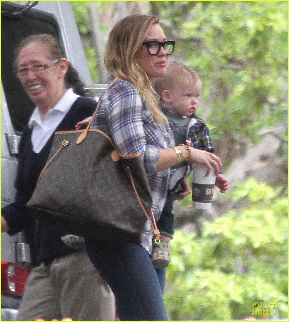hilary duff mike comrie birthday party with luca 22