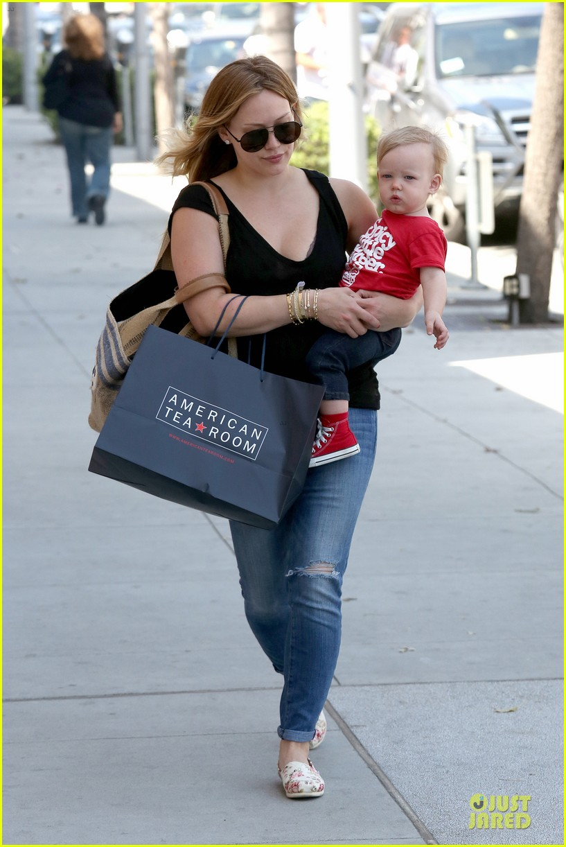 hilary duff daily grill lunch stop 11