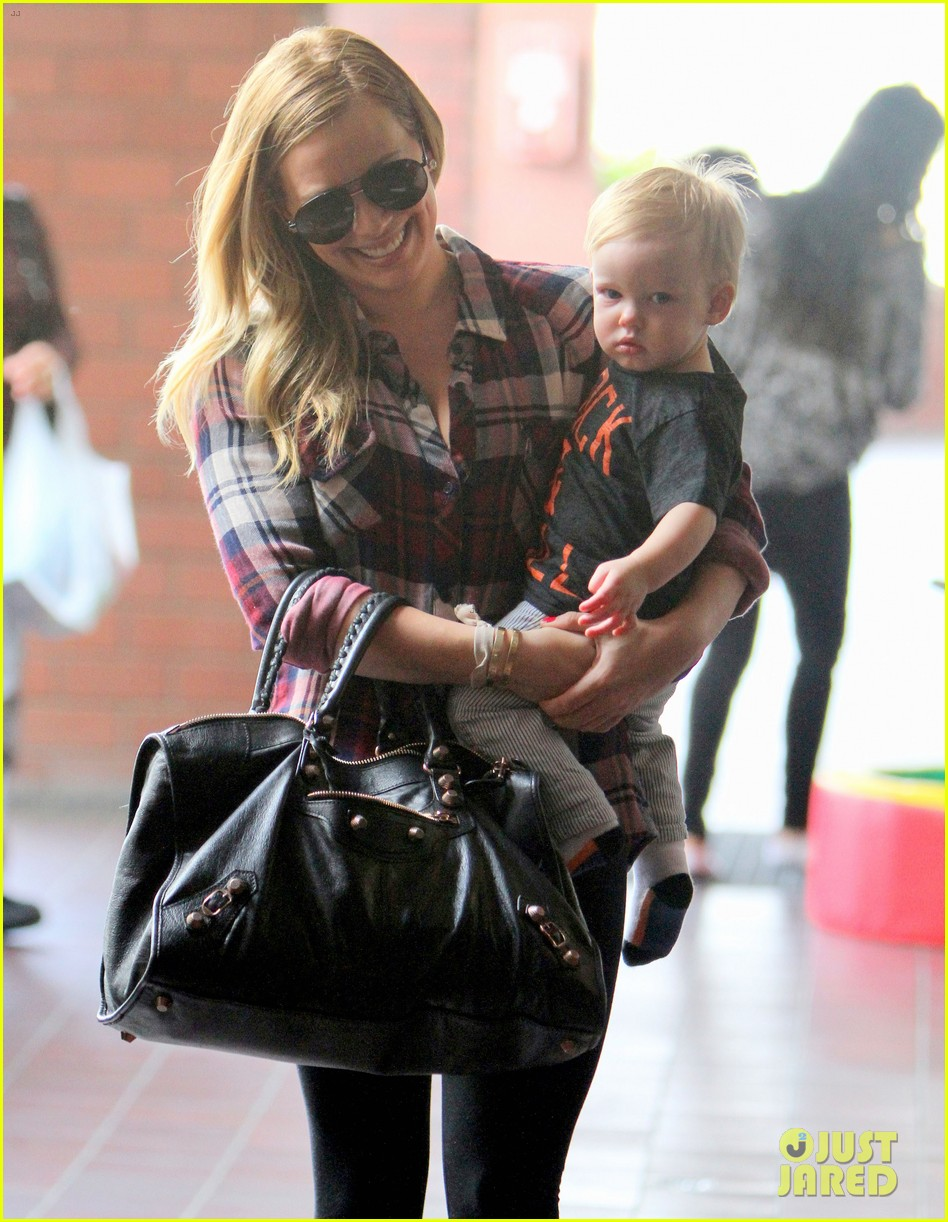 hilary duff baby luca turns 1 08