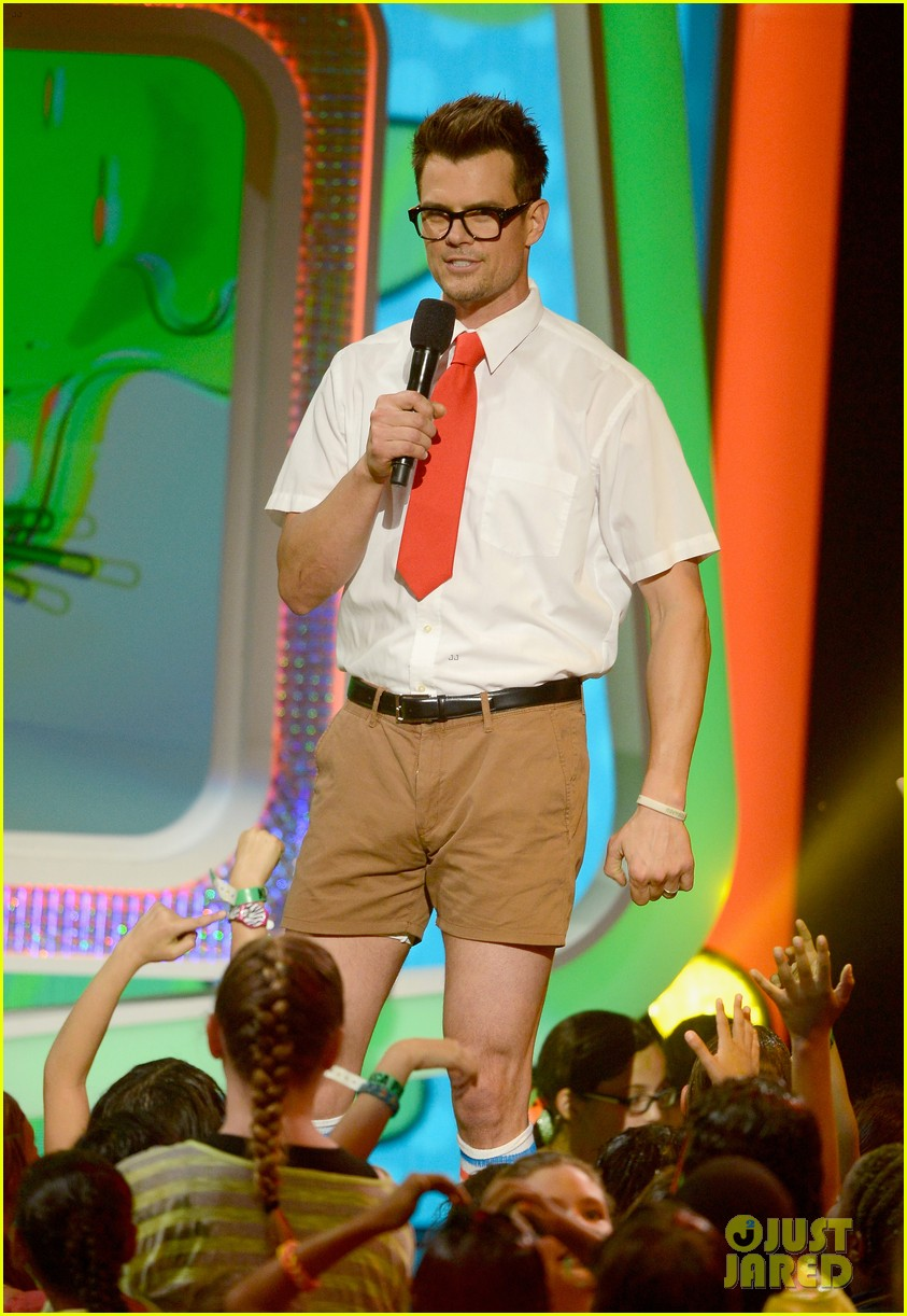 josh duhamel slime covered host at kids choice awards 2013 052836563