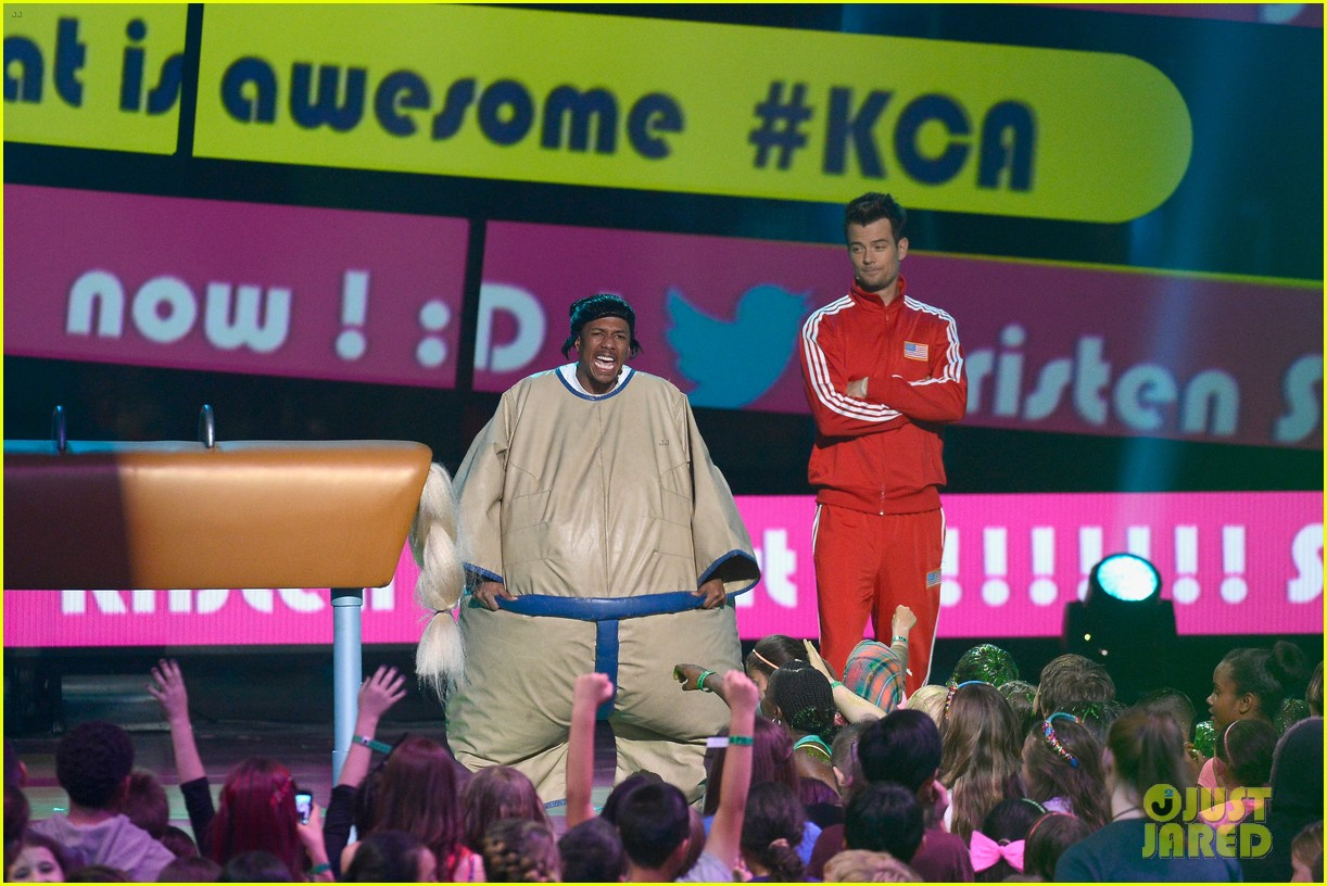 josh duhamel slime covered host at kids choice awards 2013 13