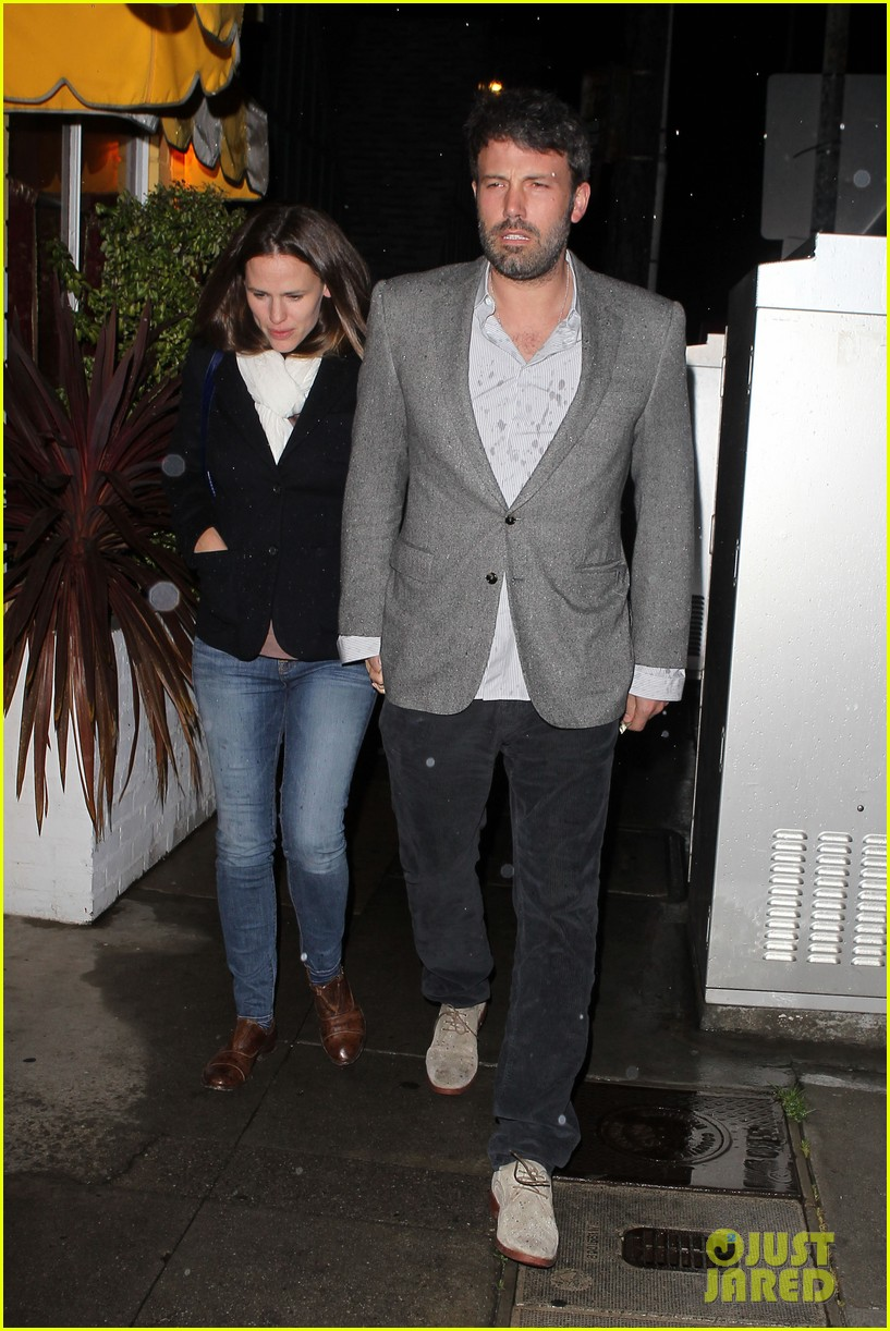 ben affleck jennifer garner sams by the beach dinner date 012827238
