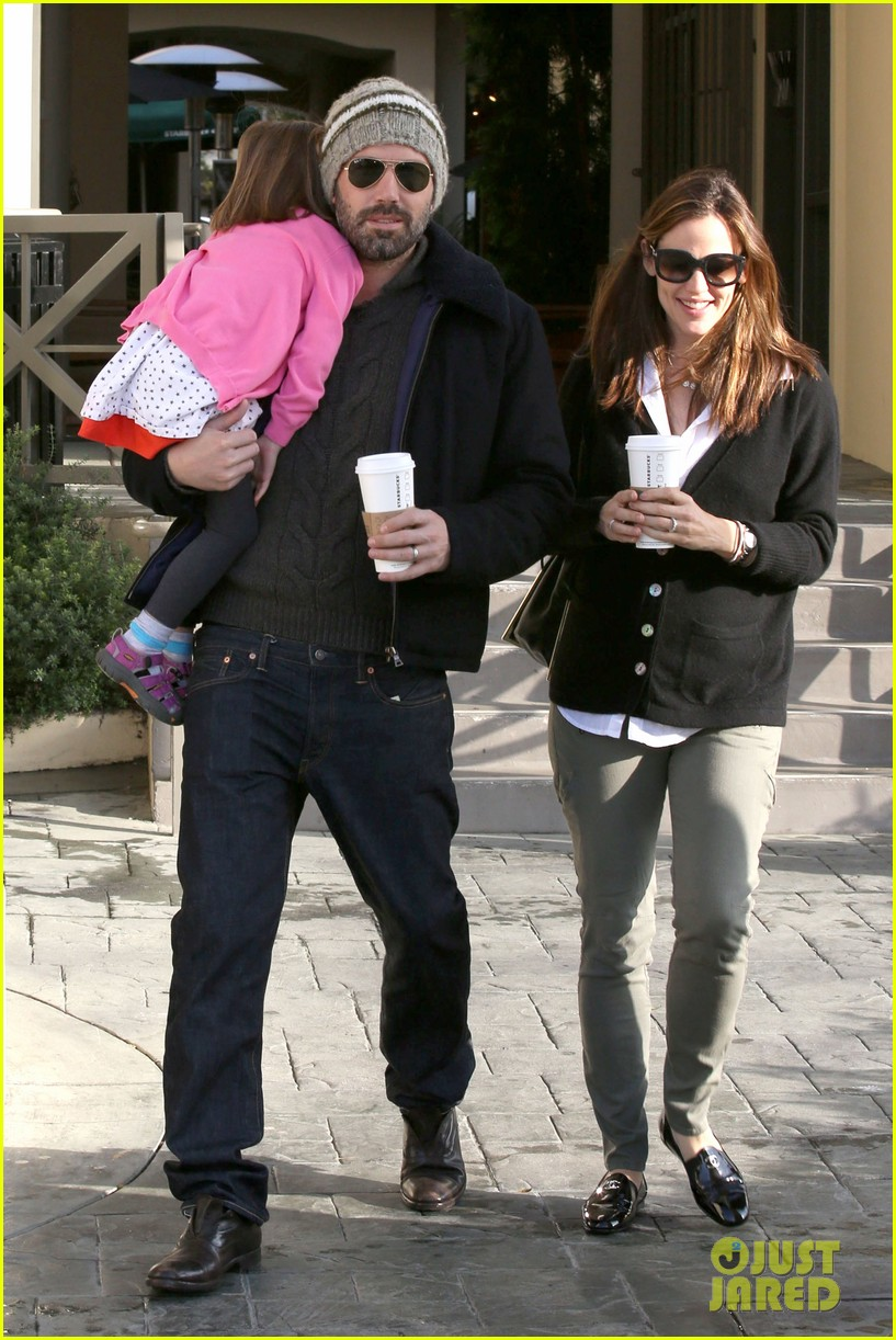 jennifer garner ben affleck breakfast run with sera 05