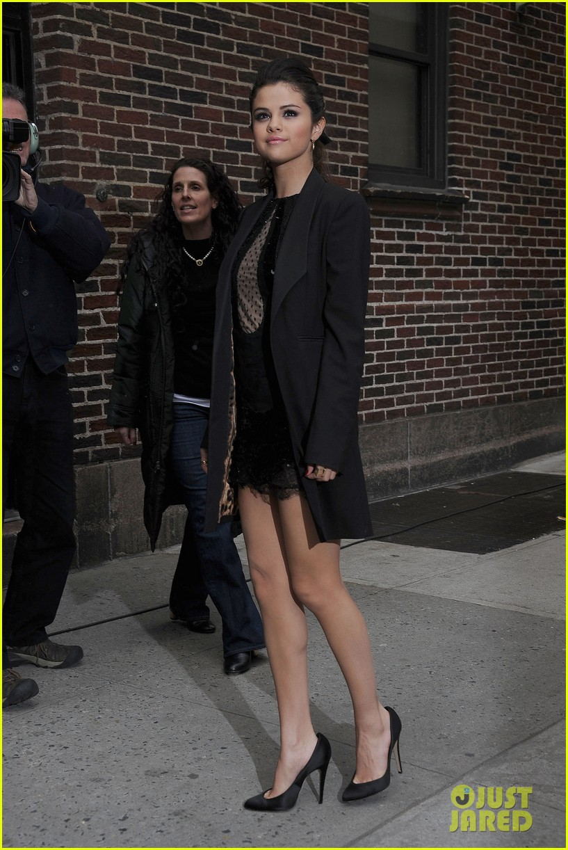 selena gomez late show with david letterman appearance 06